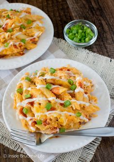Buffalo Chicken Pasta Bake - cheesy pasta goodness that tastes like your favorite chicken dip. Easy dinner recipe for busy nights!