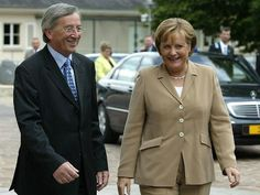 Juncker, wrecking, like clinton, for death, turned, rotten to the core, evil, Halt, vorzichtig!  now !, they are KILLERS.