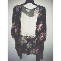 <3anyone else pick up on the kimono trend ? :)