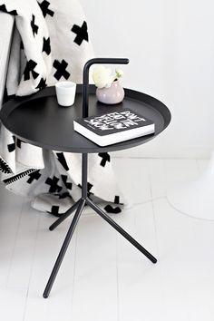 Cross blanket & Hay table, love it Interior Styling, Interior Design, By Lassen, Scandinavian Interior, My Living Room, Home Decor Inspiration, Home Accessories, Furniture Design, Decoration