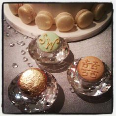 some custom details for your macaron favours