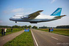 [Photo] Giant Antonov AN-124 Ruslan low on final approach at Gilze Rijen airport