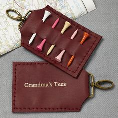 This personalised handmade golf tee holder can hold five tees. Please note this is a handmade product. This gift if perfect for any golf lover out there. This personalised leather tee holder would m. Gifts For Sports Fans, Gifts For Golfers, Golf Gifts, Leather Gifts, Leather Clutch Bags, Leather Craft, Sewing Leather, Golf Christmas Gifts, Gold Letters
