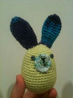Conillet sortiu!!!! Crochet Hats, Beanie, Character, Art, Knitting Hats, Art Background, Kunst, Beanies, Art Education