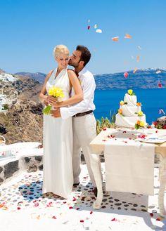 Santorini wedding wedding planner decortion Garnet Wedding