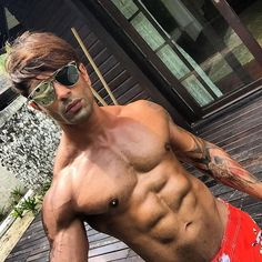 Karan Singh Grover is definitely one of the hottest actor in the industry. The actor is a total fitness freak like Bipasha. With the perfect chiseled body, attractive looks and charm he left his female fans drooling over him time and again. But not many know that the actor puts in a lot of hard …