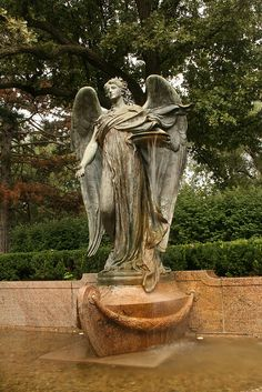 The Black Angel of Council Bluffs Fairview Cemetery in Iowa Cemetery Angels, Cemetery Statues, Cemetery Headstones, Old Cemeteries, Cemetery Art, Angel Statues, Graveyards, Entertaining Angels, I Believe In Angels