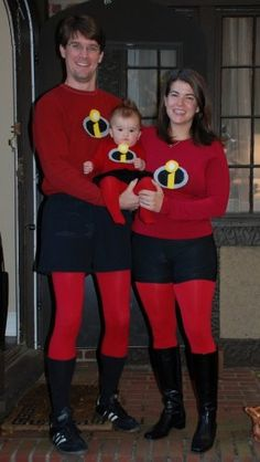 Homemade Incredibles family costume. More homemade Halloween costume ideas on Household Management 101.