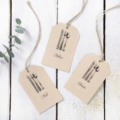 These vintage wedding favour tags are beautifully decorated. The cutlery drawings have so much chic detail to them and would really suit a vintage themed wedding. The colour is neutral and soft which makes them look expensive and we love the rustic rope ties!