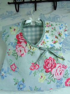 Cath Kidston fabric Peg Bag Handmade Pink Roses incl Duck egg Laura Ashley gingh