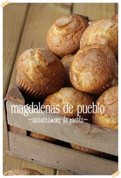 Village muffins {by Paula, With the Claws in the Mass} Mexican Food Recipes, Sweet Recipes, Cake Recipes, Dessert Recipes, Desserts, Muffins, Fondant Cakes, Cupcake Cakes, Pan Dulce