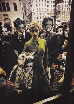 Photographer: Melvin Sokolsky, Twiggy FAO Schwarz, New York, published in Harper's Bazaar, 1967 Mod Fashion, 1960s Fashion, Fashion Models, Vintage Fashion, Fashion Mag, British Fashion, Fashion Pics, Fashion Shoot, Vintage Style