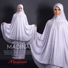 Jilbab_Meidiani on Hijab hijab zone pwd Muslim Women Fashion, Islamic Fashion, Abaya Fashion, Fashion Dresses, Hijab Style Tutorial, Baby Girl Party Dresses, Hijab Chic, Islamic Clothing, Hijab Dress