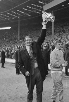 March Manchester City coach Malcolm Allison holds the Football League cup in the air after his team beat West Bromwich Albion 2 - 1 at Wembley. (Photo by Central Press/Getty Images) Best Football Team, Football Players, Leicester City Football, Zen, Association Football, Premier League Champions, Most Popular Sports, Thing 1, Everton Fc