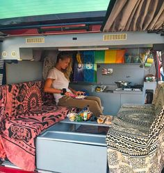 Awesome simple and clean vanlife design. I like the layout of this interior. It looks cool having a solid wall in the camper kitchen! #vanlife