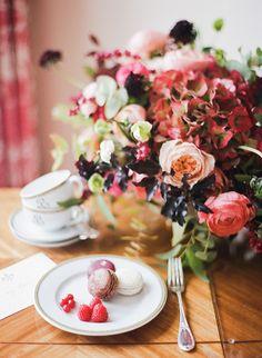 7-wedding-macaron-dessert