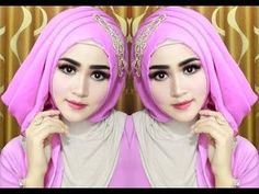 Ideas For Style Hijab Wisuda Simple Hijab Fashion, Girl Fashion, Fashion Outfits, Gigi Hadid Outfits, Turban Hijab, Boho Shoes, French Hair, Christmas Gifts For Girls, Hijab Tutorial