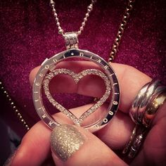 Show someone special you love them with our Sparkling Heart coin! -xx-