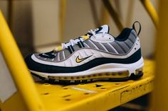 Nike Air Max 98 Tour Yellow - 01/2018