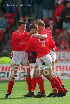 Roy Keane, Nottingham Forest, 1990-1993
