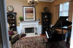 Small room with piano- like the arch book shelves too Room Redo, Formal Living Rooms, Home N Decor, Piano Room Design, Grand Piano Room, Small Rooms, Living Room Redo, Living Room Furniture Layout, Room