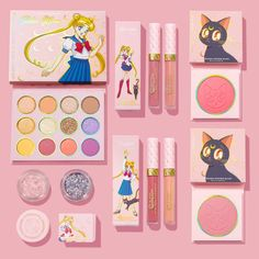 ColourPop is fighting evil by the moonlight and looking cute as hell by the daylight with this glittery Sailor Moon makeup collection covered in stars. Sailor Moon Manga, Gato Sailor Moon, Serena Sailor Moon, Sailor Moon Kostüm, Cristal Sailor Moon, Sailor Moon Cakes, Sailor Moon Tumblr, Sailor Moon Quotes, Sailor Moon Outfit