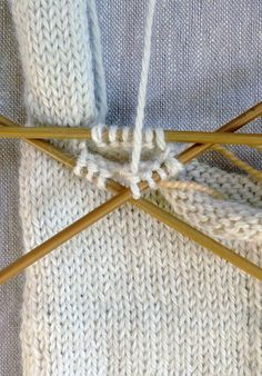 Gem Gloves Gem Gloves Because there was a time when ladies didn't leave the house without them, gloves have always suggested to me . Fingerless Gloves Knitted, Knit Mittens, Knitted Hats, Beanie Knitting Patterns Free, Free Knitting, Diy Bags Purses, Purl Soho, Drawing Rooms, Fingers