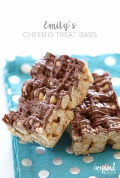 Emily's Cheerio Treat Bars / Peanut Butter Chocolate