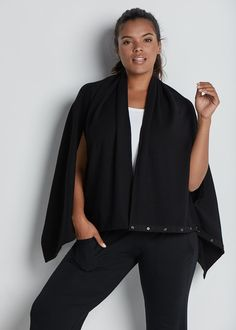Travel in style this season - 8 styles, to be exact! Our supremely soft wrap is equipped with snaps and a wide drape to go from a scarf, a jacket, to everything in between. Soft and stretchy fleece will keep you warm no matter how you wear it. Fashion Essentials, Style Essentials, Season 8, Easy Wear, Travel Style, Grosgrain, Kimono Top, Casual Outfits, Warm