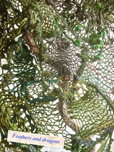 Kamerscherm met sprang - detail Folding screen with sprang - detail Textiles, Textile Fiber Art, Fabric Beads, Layers, Weaving, Dragon, Detail, Spring, Sweaters