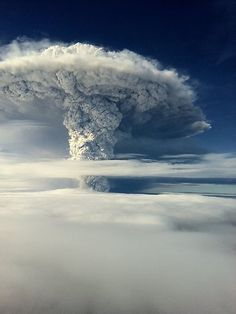This picture released by the Chilean Air Force shows the cloud of ash billowing from Puyehue volcano near Osorno in southern Chile, 870 km south of Santiago, taken on June 5. Puyehue volcano erupted for the first time in half a century on June 4, prompting evacuations for 3500 people as it sent a cloud of ash that reached Argentina. The National Service of Geology and Mining said the explosion that sparked the eruption also produced a column of gas 10 kilometers high, hours after warning of strong seismic activity in the area. AFP PHOTO/Chilean Air Force
