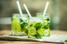 These recipe ideas for cucumber snacks are packed with nutrients like vitamins C and K and fiber, which will keep you full for hours. Ranging from smoothies to toasts, these cucumber snacks are also a delicious way to stay hydrated. Healthy Drinks, Healthy Snacks, Healthy Eating, Healthy Recipes, Detox Drinks, Healthy Habits, Healthy Choices, Fitness Drink, Homemade Toner