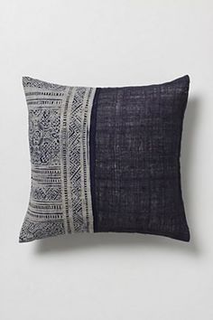 use chambray material with lace or crochet Cushion Covers, Pillow Covers, Pillow Texture, Textiles, Soft Furnishings, Home Textile, Decorative Pillows, Home Accessories, Decoration