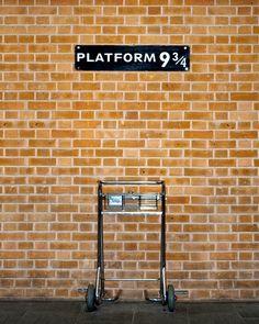"Wall STICKER platform harry potter hogwarts express railway mural decole film self-adhesive poster 60x79"""