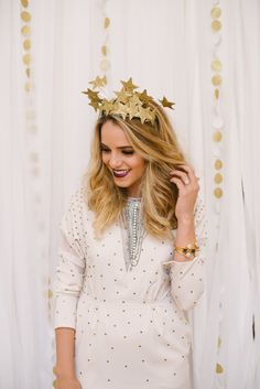 White Like A Unicorn Holiday Party | theglitterguide.com