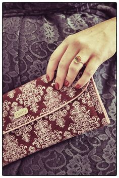 Papillon Belle ring and Beau clutch on plus-size fashion blog mindthecurves.com. Plus Size Fashion Blog, Lifestyle Blog, Curves, Mindfulness, Positivity, Ring, Accessories, Rings, Jewelry Rings