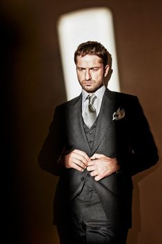 Suit & Tie - Gerard Butler #actor
