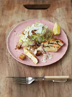This is a chicken Caesar salad recipe with a twist. It's super-tasty and good for you! It might just be the best Caesar salad recipe you ever make. Dig in! Ceasar Salad, Chicken Caesar Salad, Chicken Salad Recipes, Healthy Chicken, Chicken Ceasar, Grilled Chicken, Jamie Oliver Chicken, Cooking Recipes, Healthy Recipes