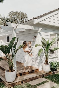 """This """"New Neutral"""" Will Be the Hottest Color in Outdoor Design, According to Experts - New ideas Dream House Exterior, Beach Bungalow Exterior, Residential Architecture, Architecture Courtyard, Chinese Architecture, Futuristic Architecture, Beach Cottages, Tiny Cottages, Backyard Landscaping"""