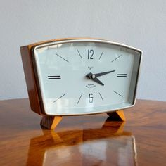 - Vintage Majak winding table clock - Made in the USSR in the - The clock has the original winding mechanism - It has a wooden and metal base 1950s Decor, Vintage Home Decor, Craftsman Clocks, Vintage Alarm Clocks, Classic Clocks, Mid-century Interior, Unusual Clocks, Clocks For Sale, Wood Clocks