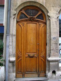 Art Nouveau door, Pharmacie Jacques (1903), Nancy, France | Flickr: Intercambio de fotos