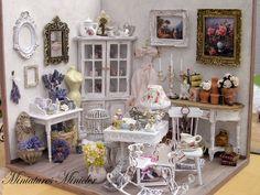 Miniatur Dollhouse Pariser Antiquitätengeschäft von Minicler
