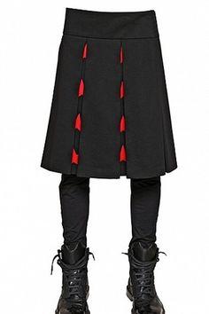 Givenchy Star Cotton Gabardine Pleated Skirt iPhone Wallpaper