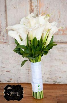 52 Stylish And Eye-Catching Calla Wedding Bouquets   HappyWedd.com