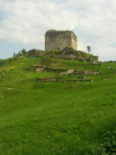 See 37 photos and 4 tips from 168 visitors to Šarišský hrad. Cool Places To Visit, Castles, Monument Valley, The Good Place, Nature, Travel, Naturaleza, Viajes, Chateaus