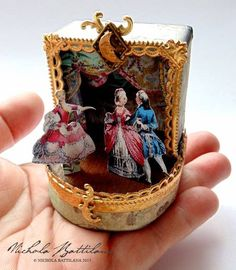Ornate miniature theatre with tutorial - Nichola Battilana - Pins Altered Tins, Altered Art, Paper Art, Paper Crafts, Toy Theatre, Do It Yourself Crafts, Assemblage Art, Box Art, Art Boxes