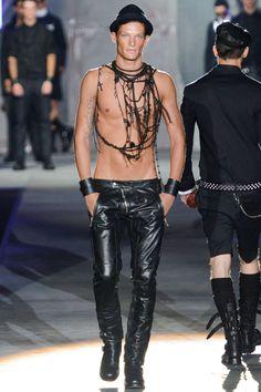 http://www.thefashionisto.com/dsquared%C2%B2-springsummer-2013-milan-fashion-week/