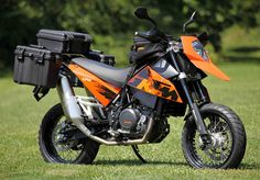 KTM 690 Super(Adventure)Moto. Seen some videos on youtube with this bike really nice!