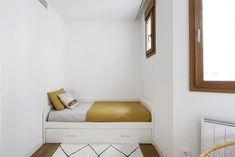 Entryway Bench, Storage, Bed, Furniture, Home Decor, Decorating Rooms, Berber Carpet, Nordic Style, Quartos