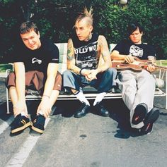 Love punk boys. Blink182. Tom Mark Travis!